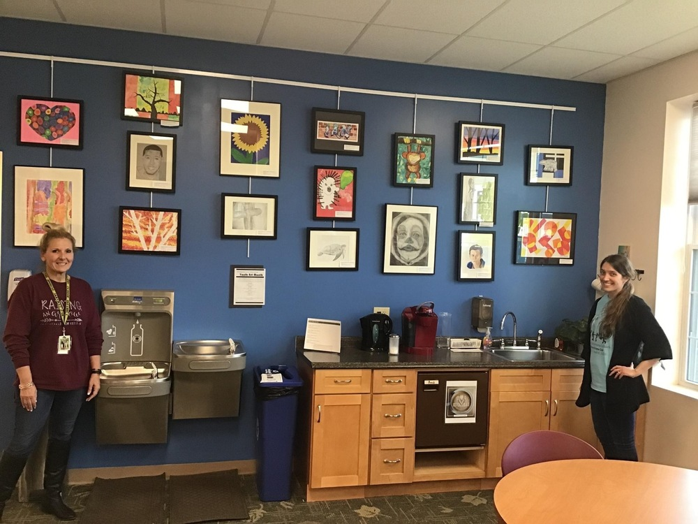 'Feature a Teacher': Meet Mrs. Wallace: Bringing art to RCS students during a pandemic